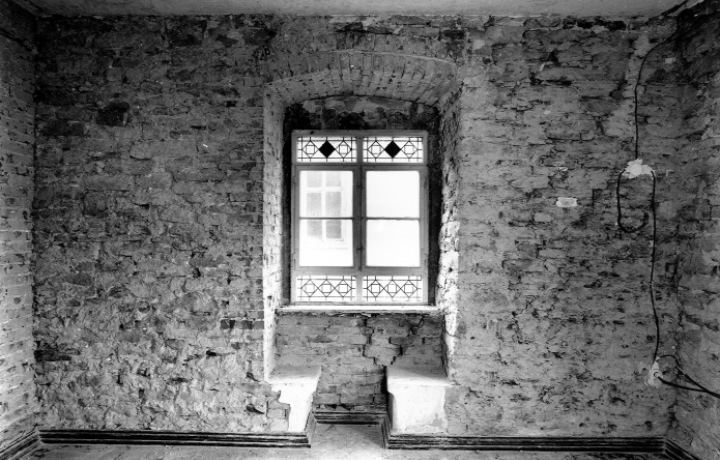 old window in Luther's Parents' Home